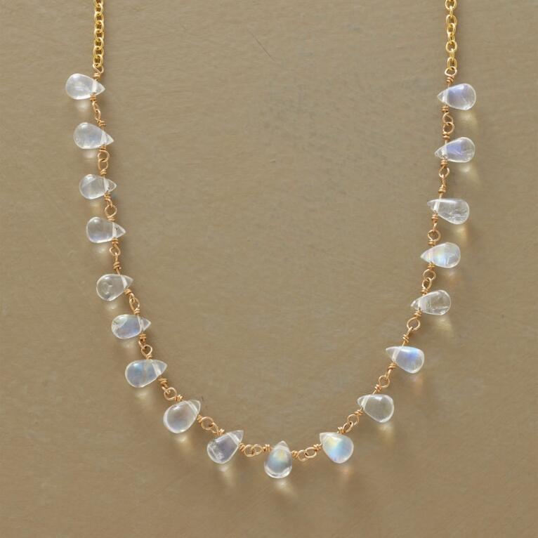 MOONSTONE MIRAGE NECKLACE
