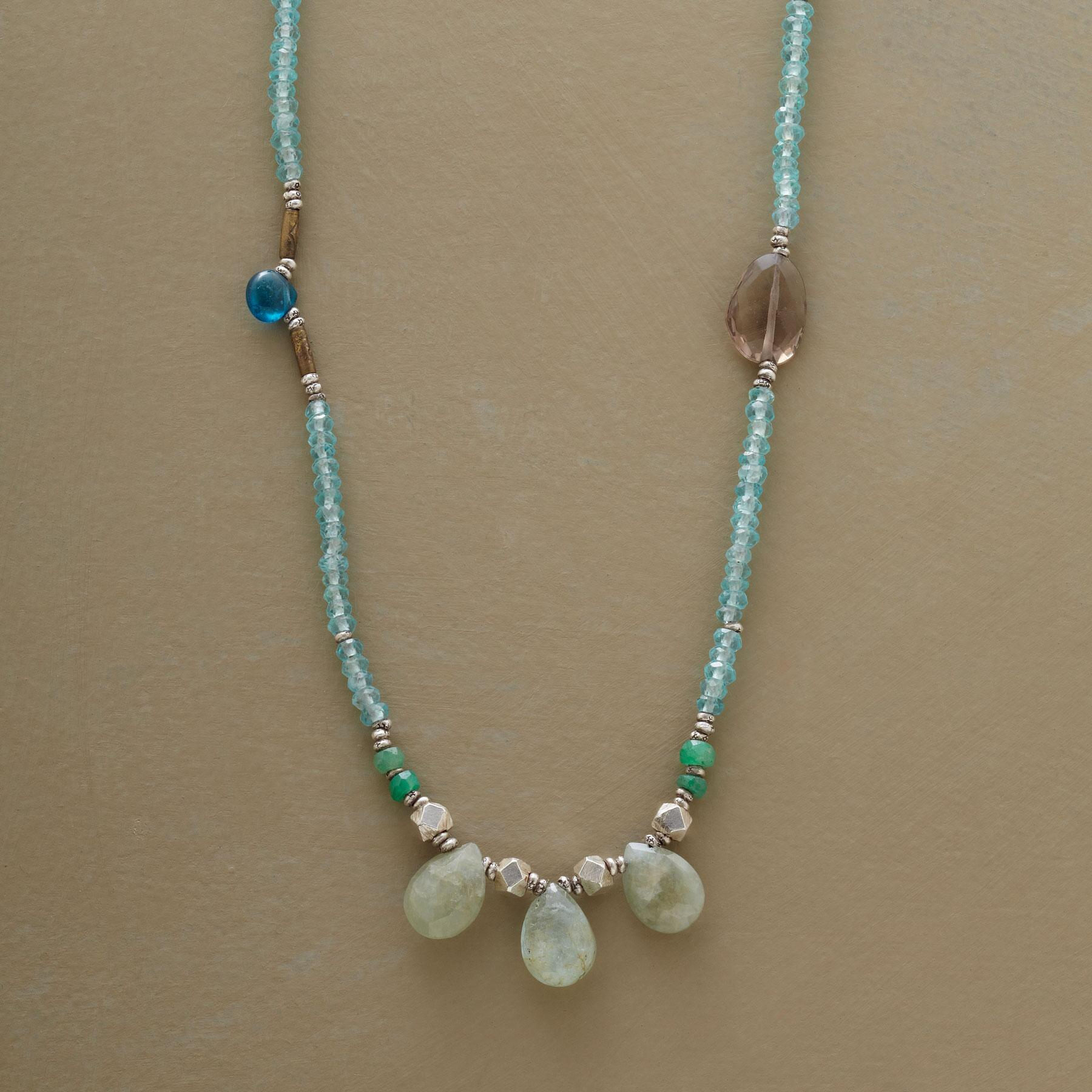 SPRING BREEZE NECKLACE: View 1