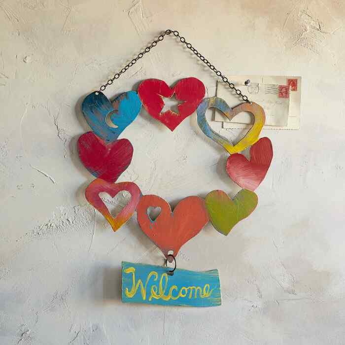 JM WELCOME HEARTS HANGING ART