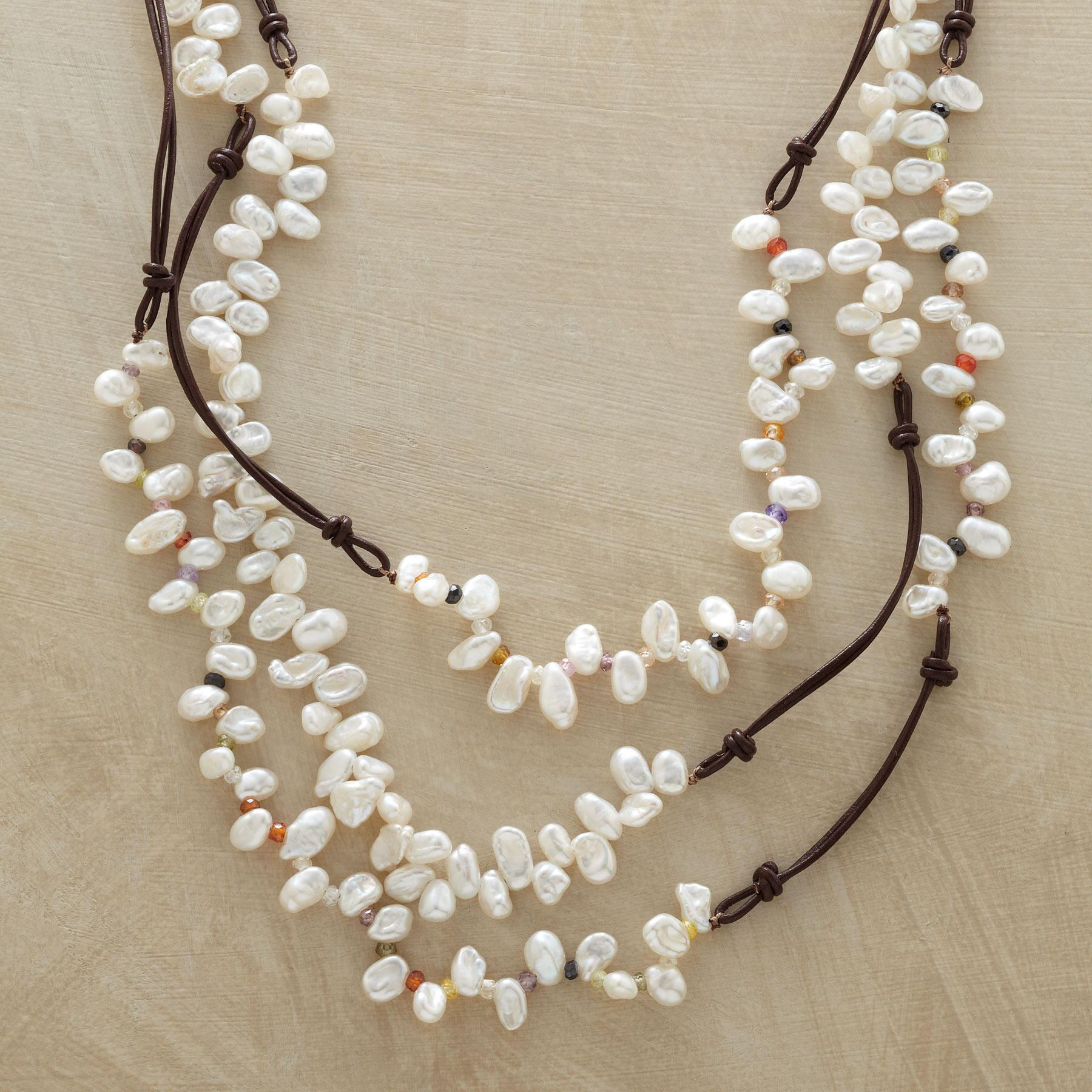 LIVELY PEARL NECKLACE: View 1