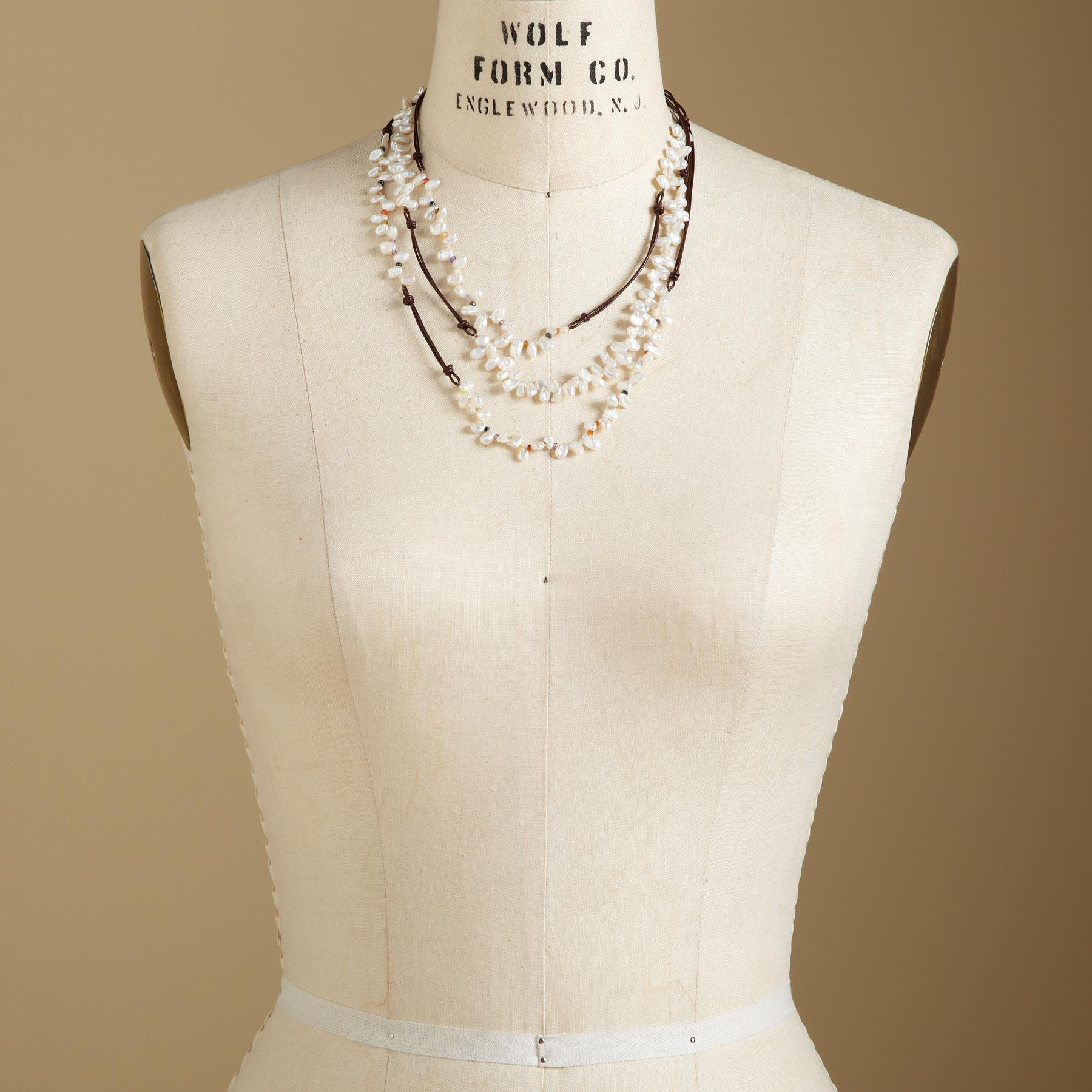 LIVELY PEARL NECKLACE: View 4