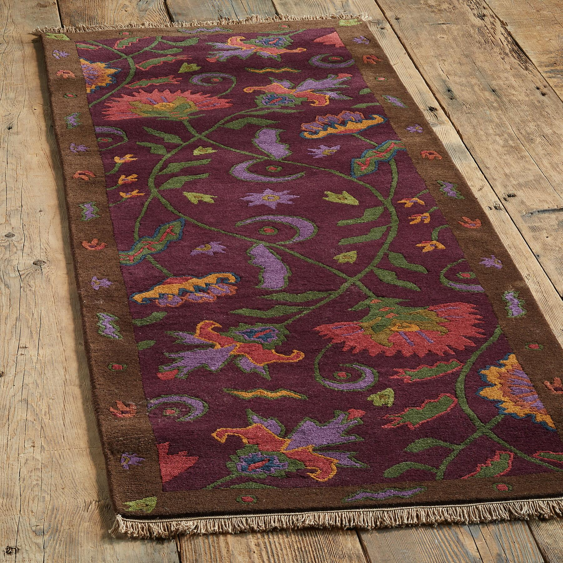HATFIELD TIBETAN HAND-KNOTTED RUG: View 3