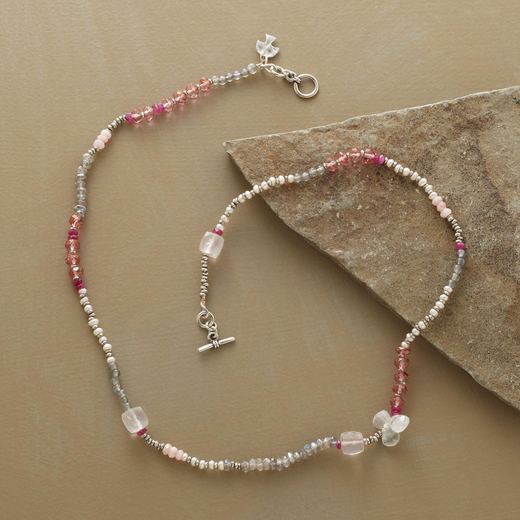 SOFT HUES NECKLACE: View 2