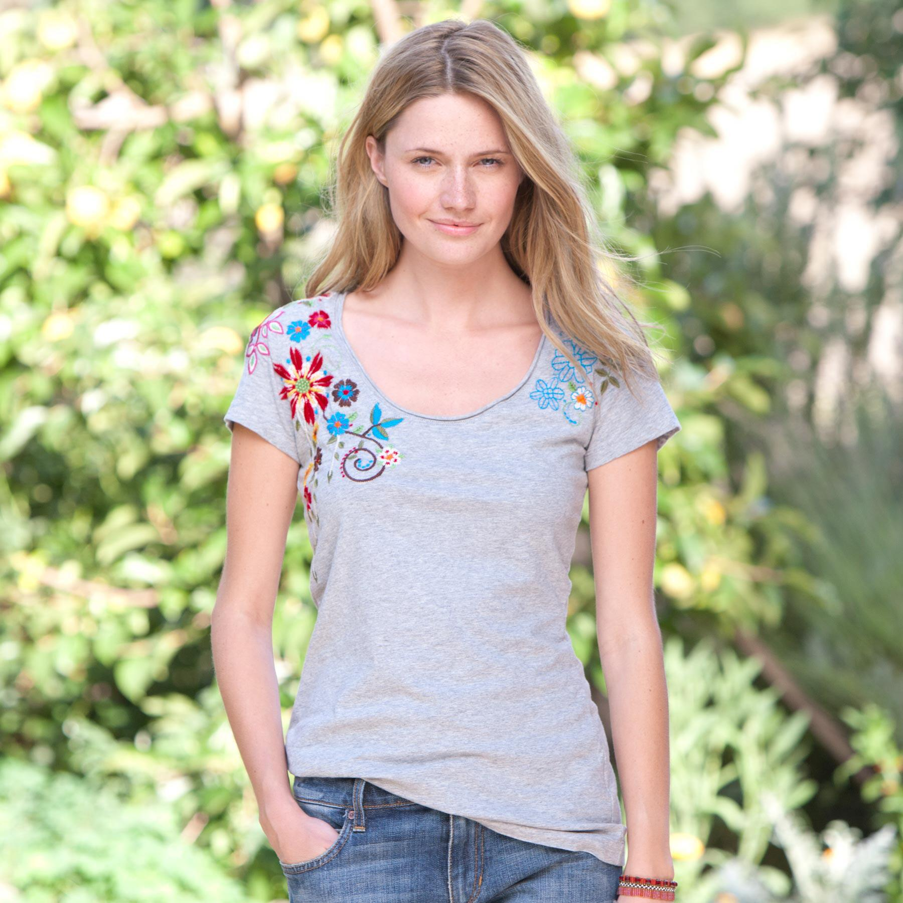 WILDFLOWER EMBROIDERED TEE: View 1