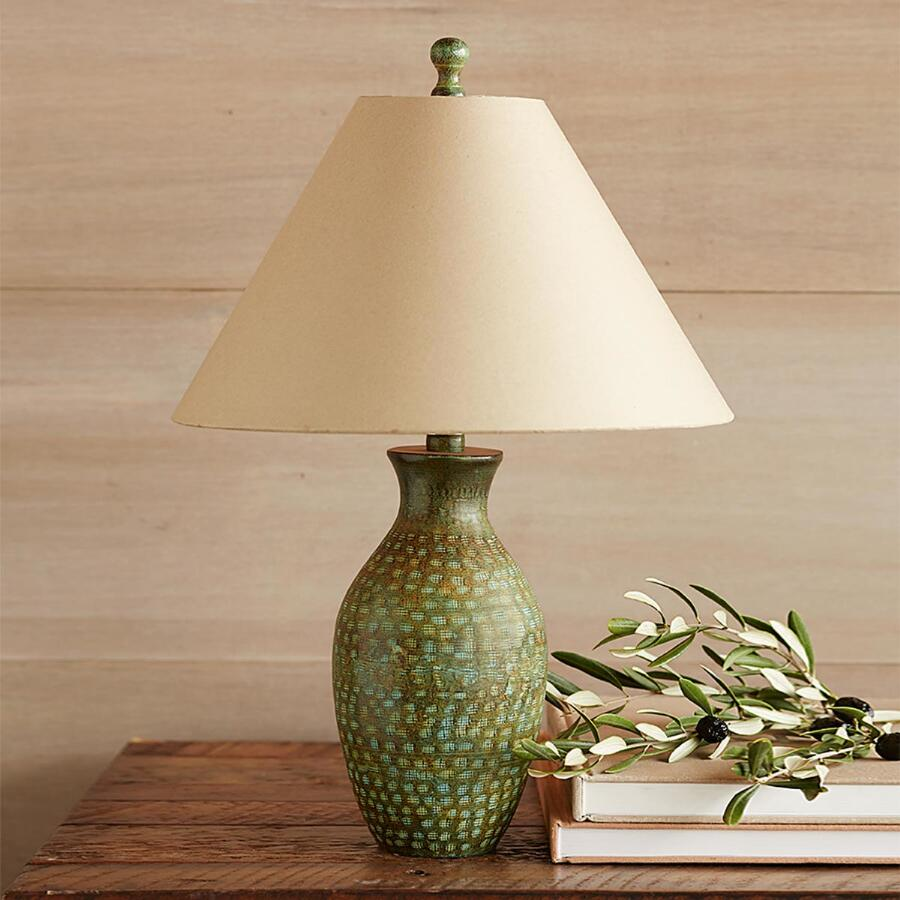 VALLEY VERDE PETITE TABLE LAMP