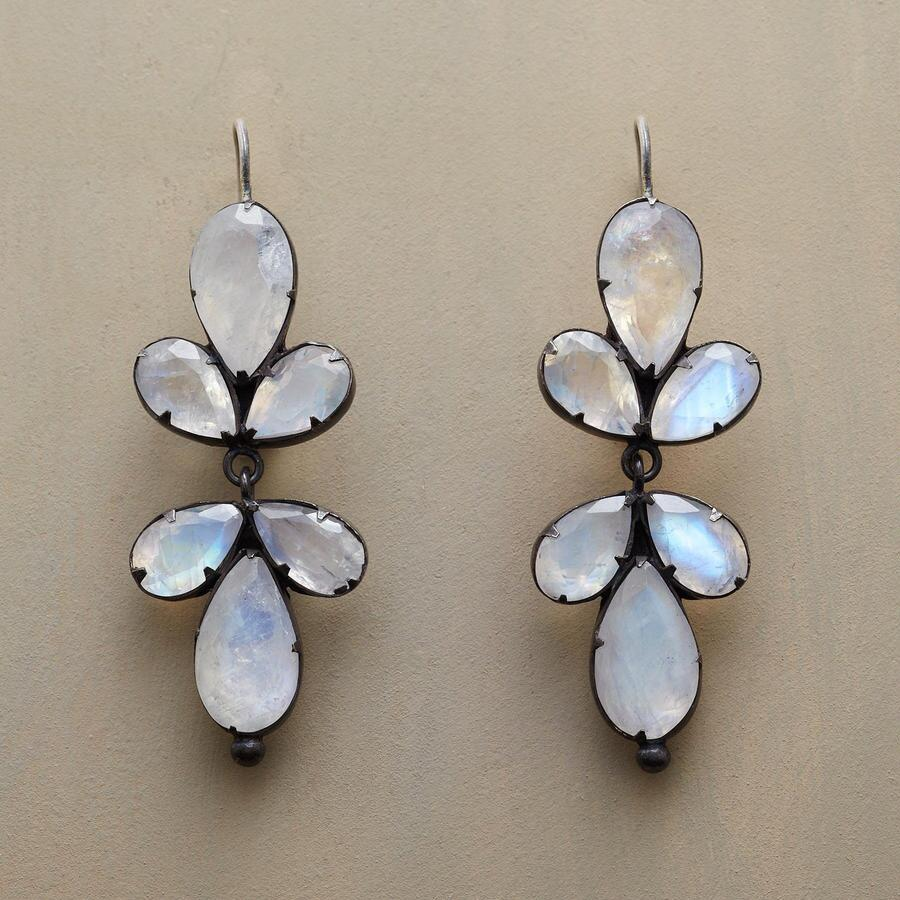 TRIFOLIATE MOONSTONE EARRINGS