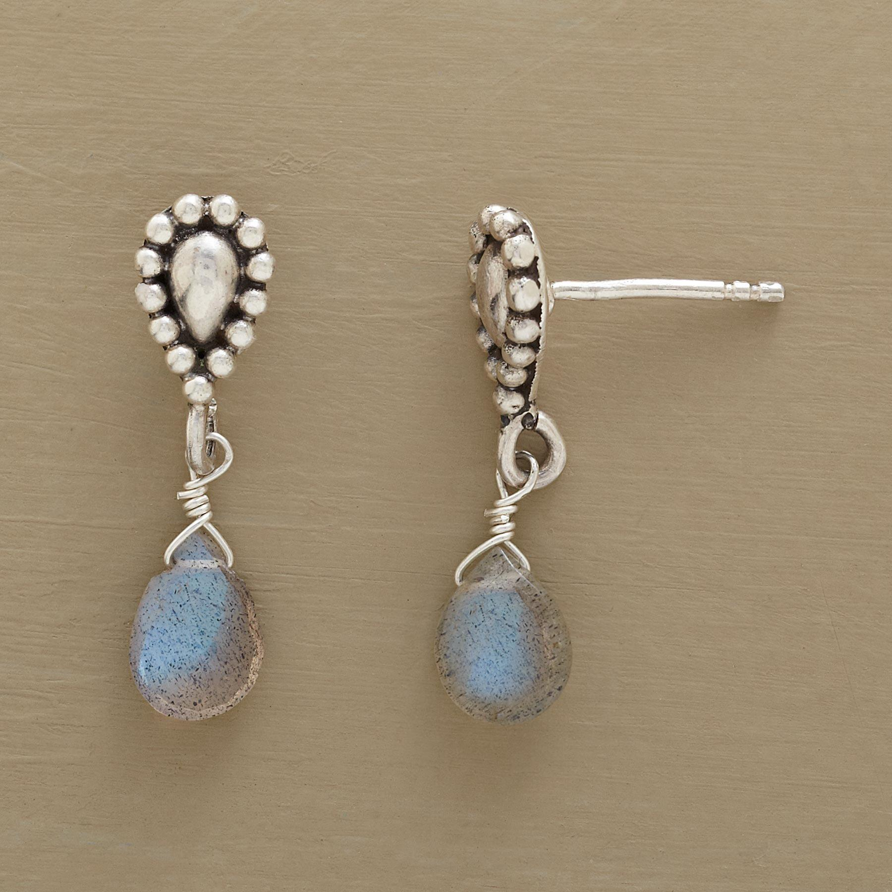 REFLECTIONS EARRINGS : View 1