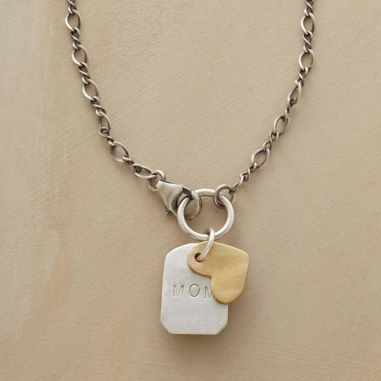 LOVE TO MOM NECKLACE