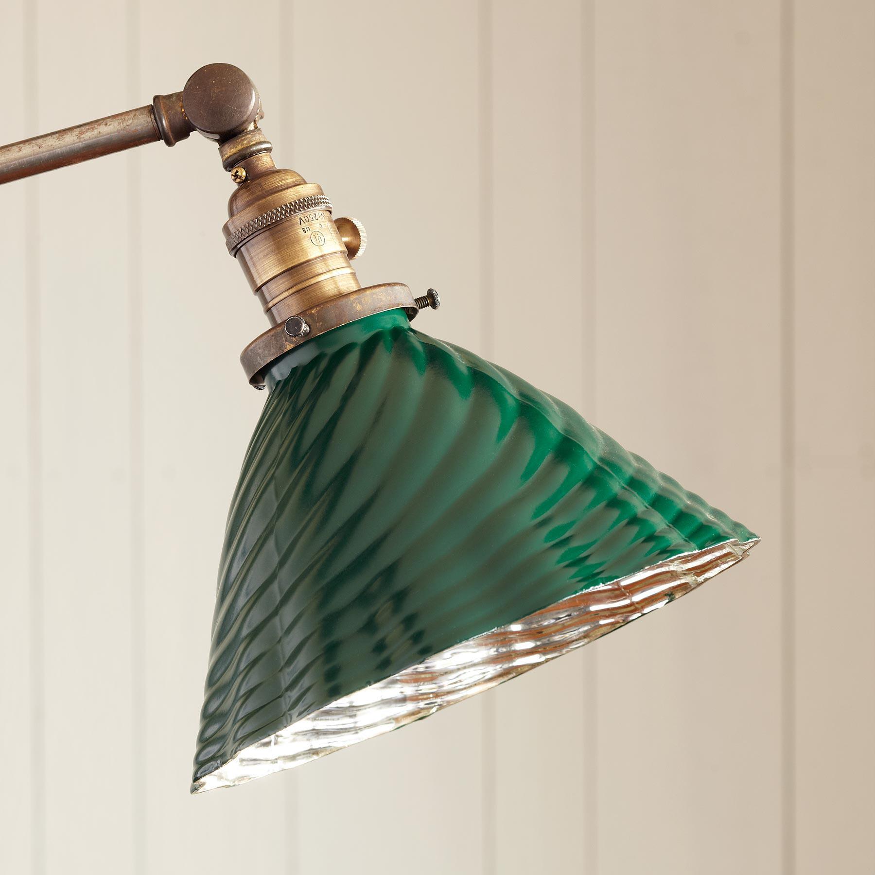 GREENAWAY LAMP: View 2