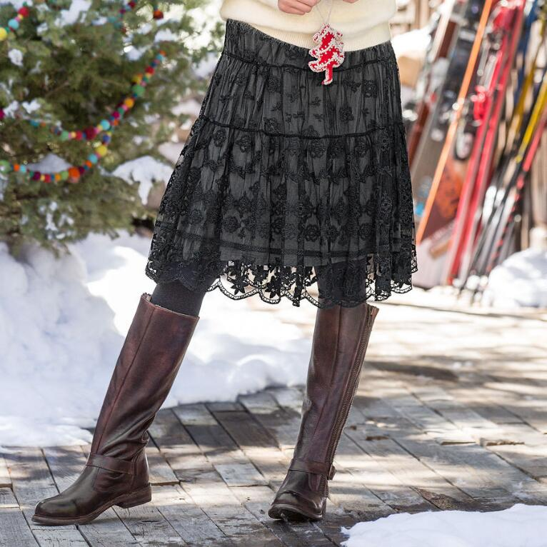 CHANTILLY LACE SKIRT