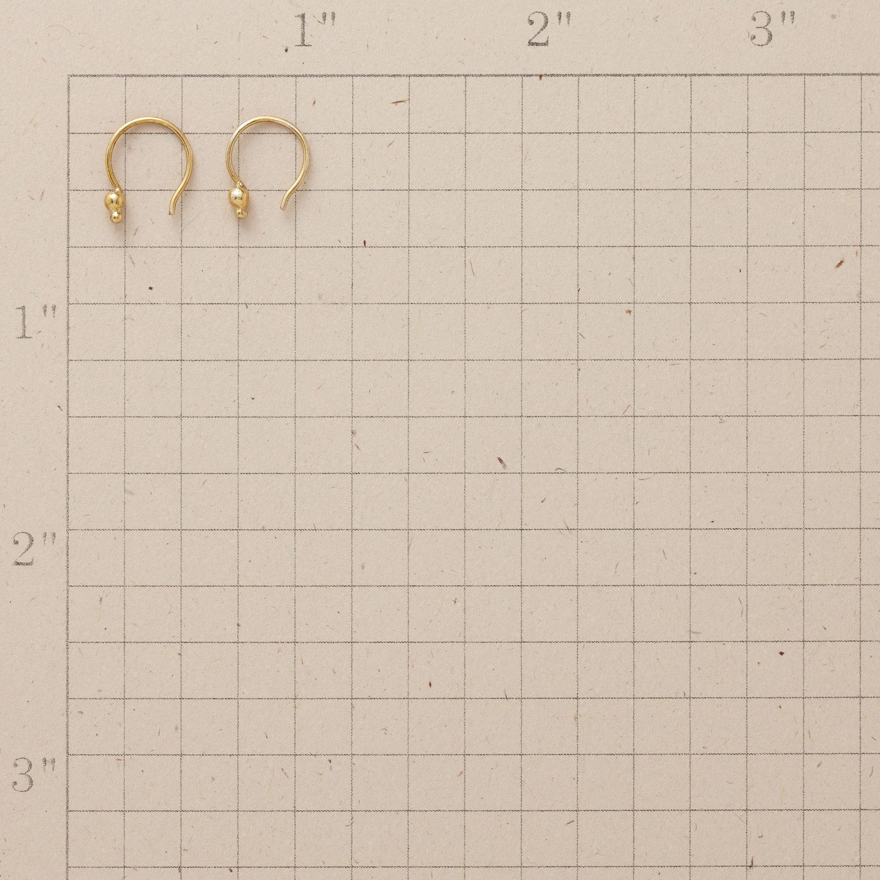 18KT GOLD PLATE DOUBLE DOT EARRINGS: View 2