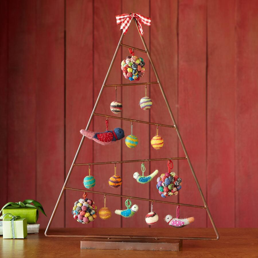 RUSTIC HOLIDAY TREE