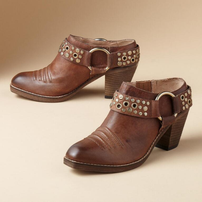 KYLIE STUDDED CLOGS BY LUCCHESE