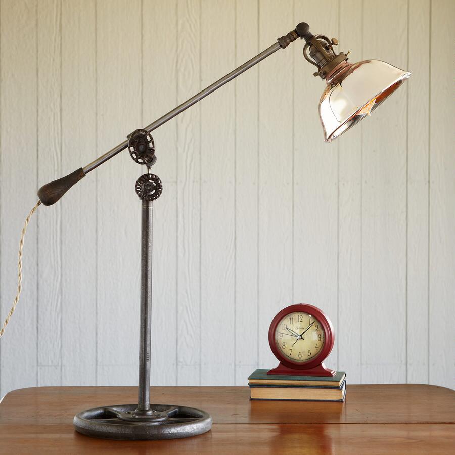ROSE BOWL LAMP