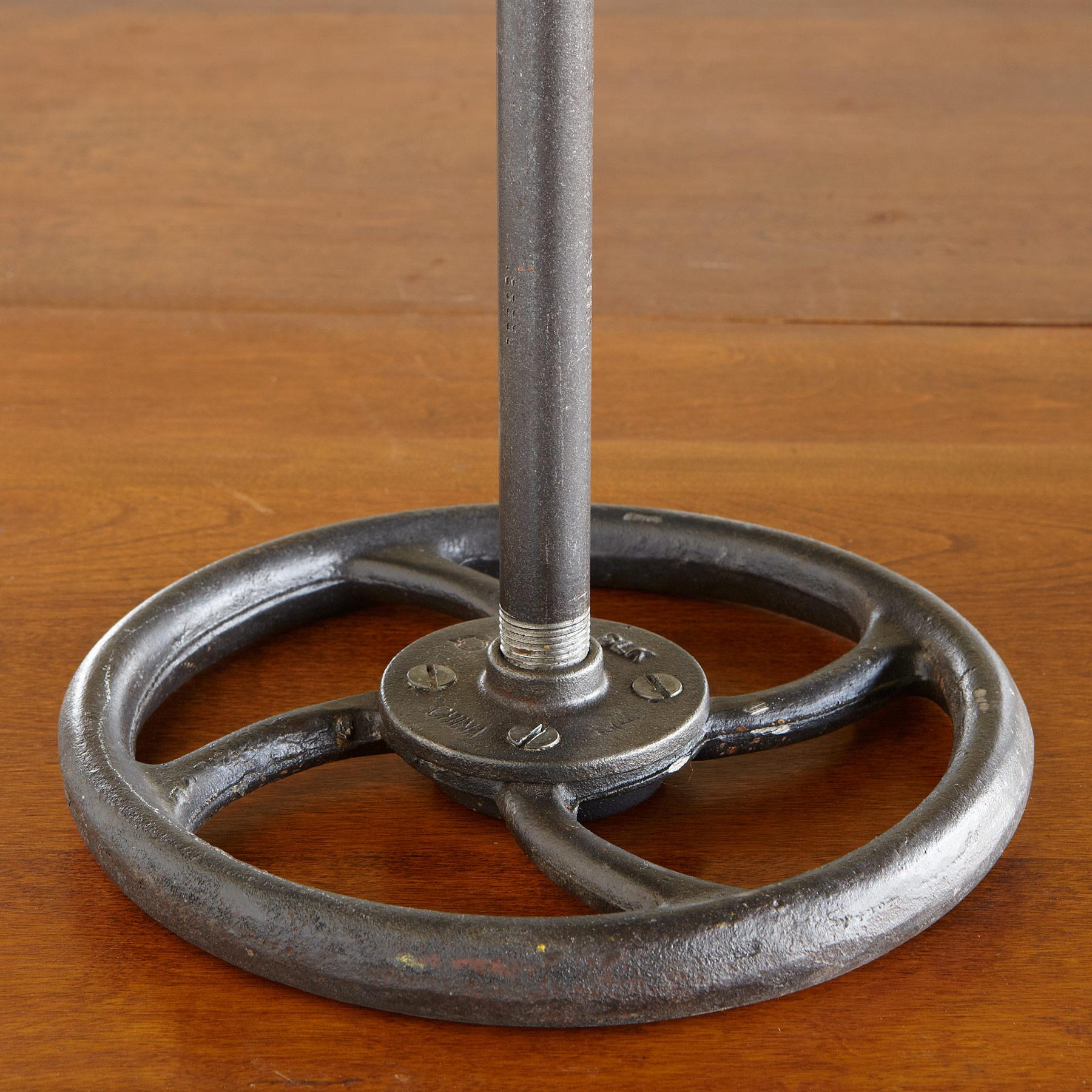 BERMONDSEY MARKET LAMP: View 4
