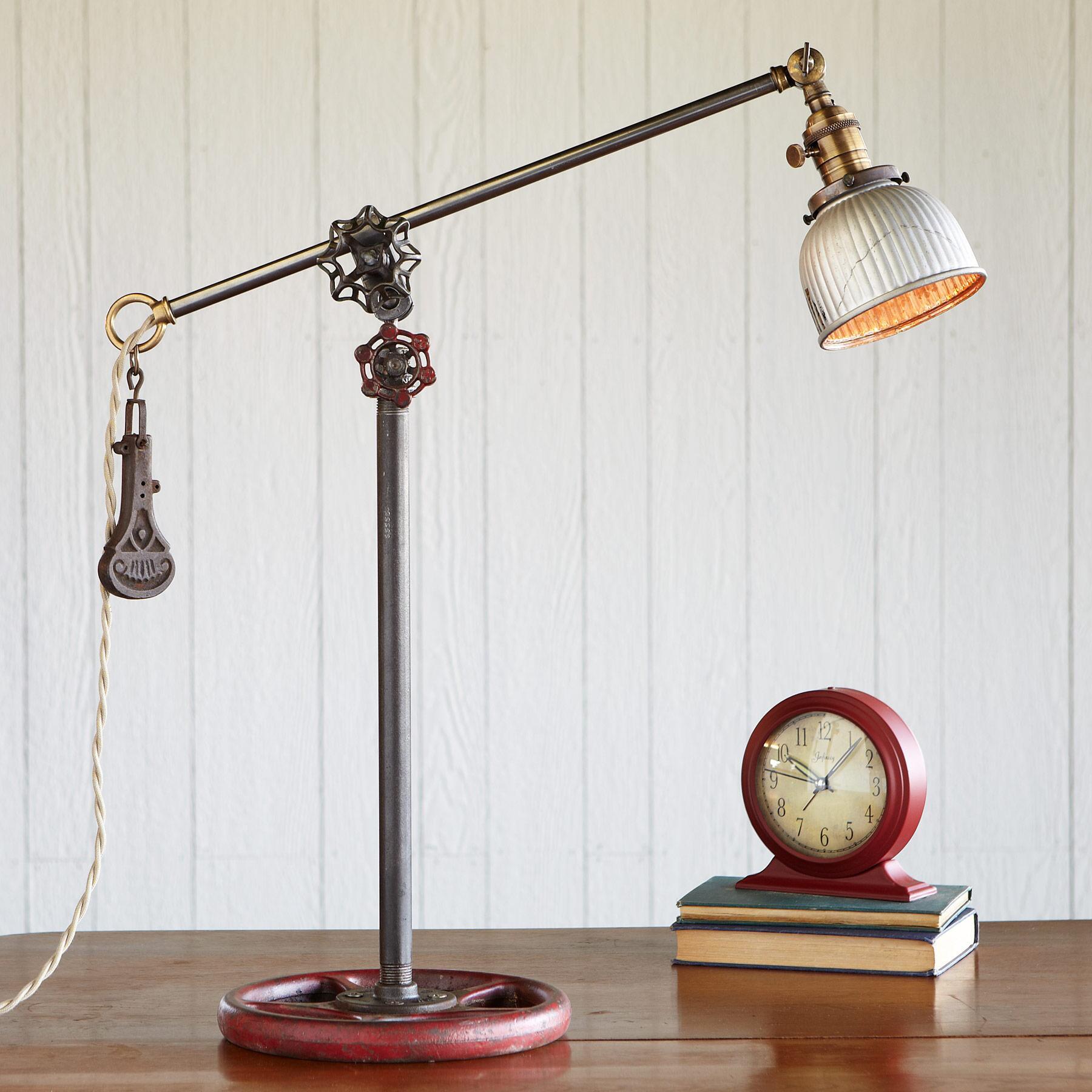 PORTA PORTESE LAMP: View 1