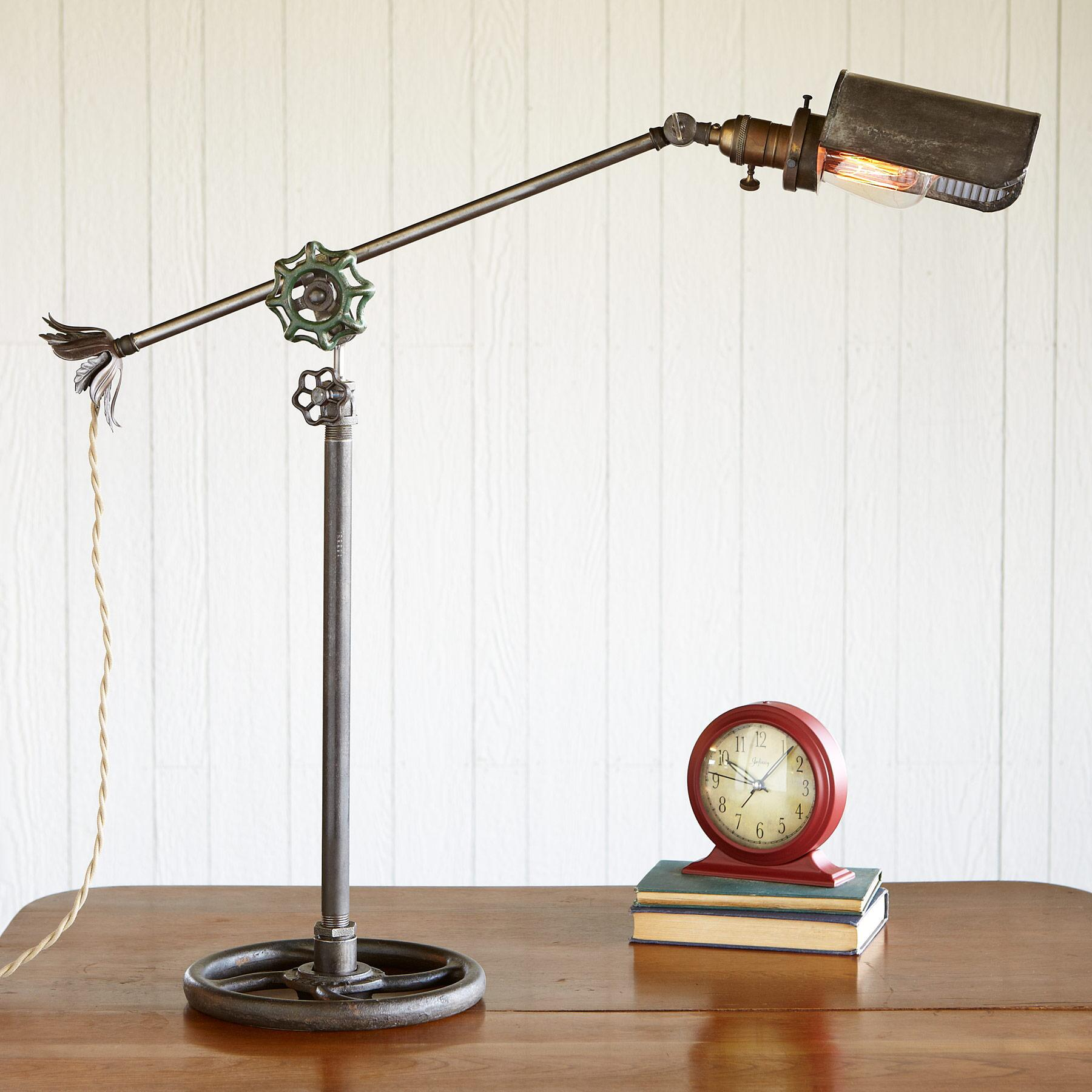 BRIMFIELD LAMP: View 1