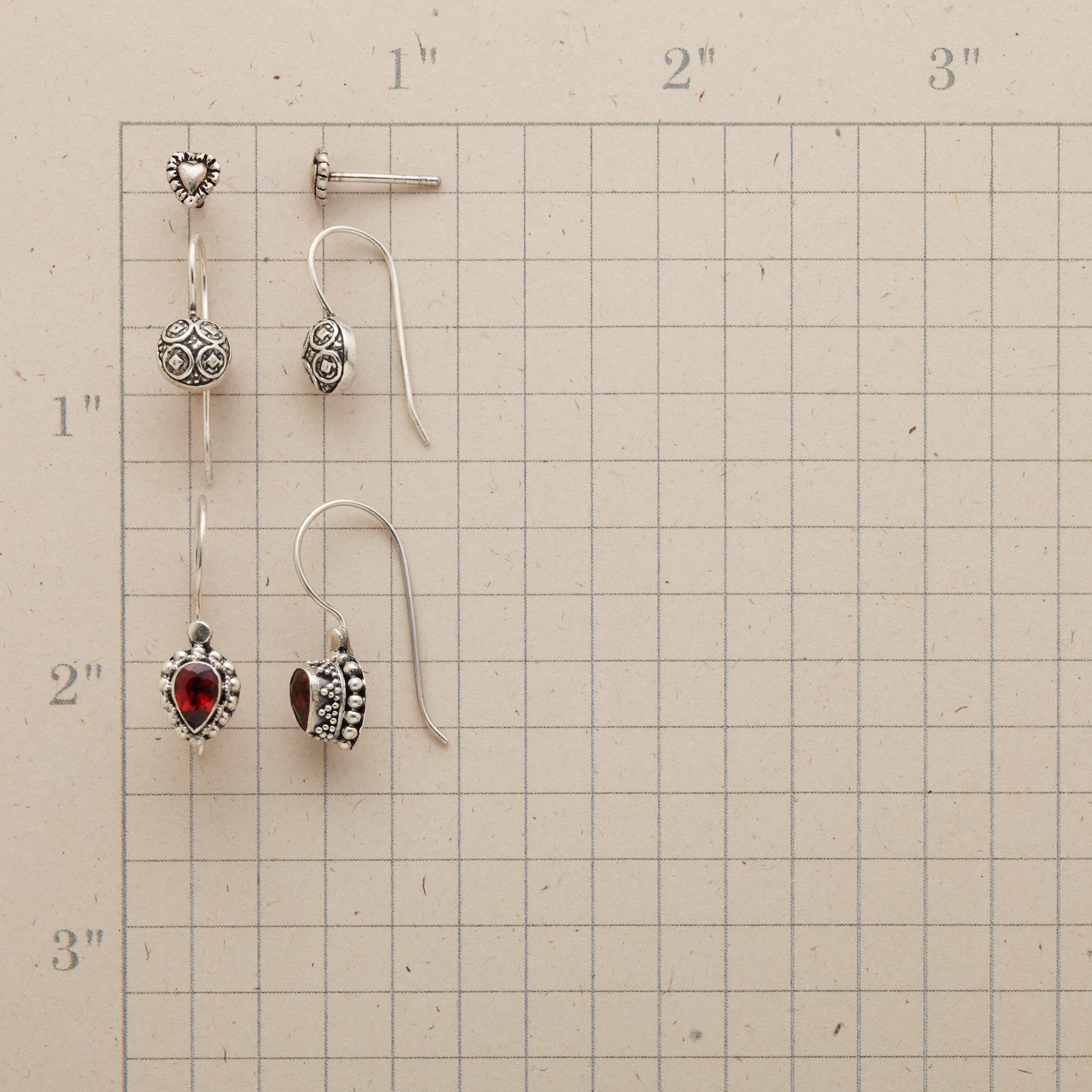 ACCLAIM EARRING TRIO  : View 2