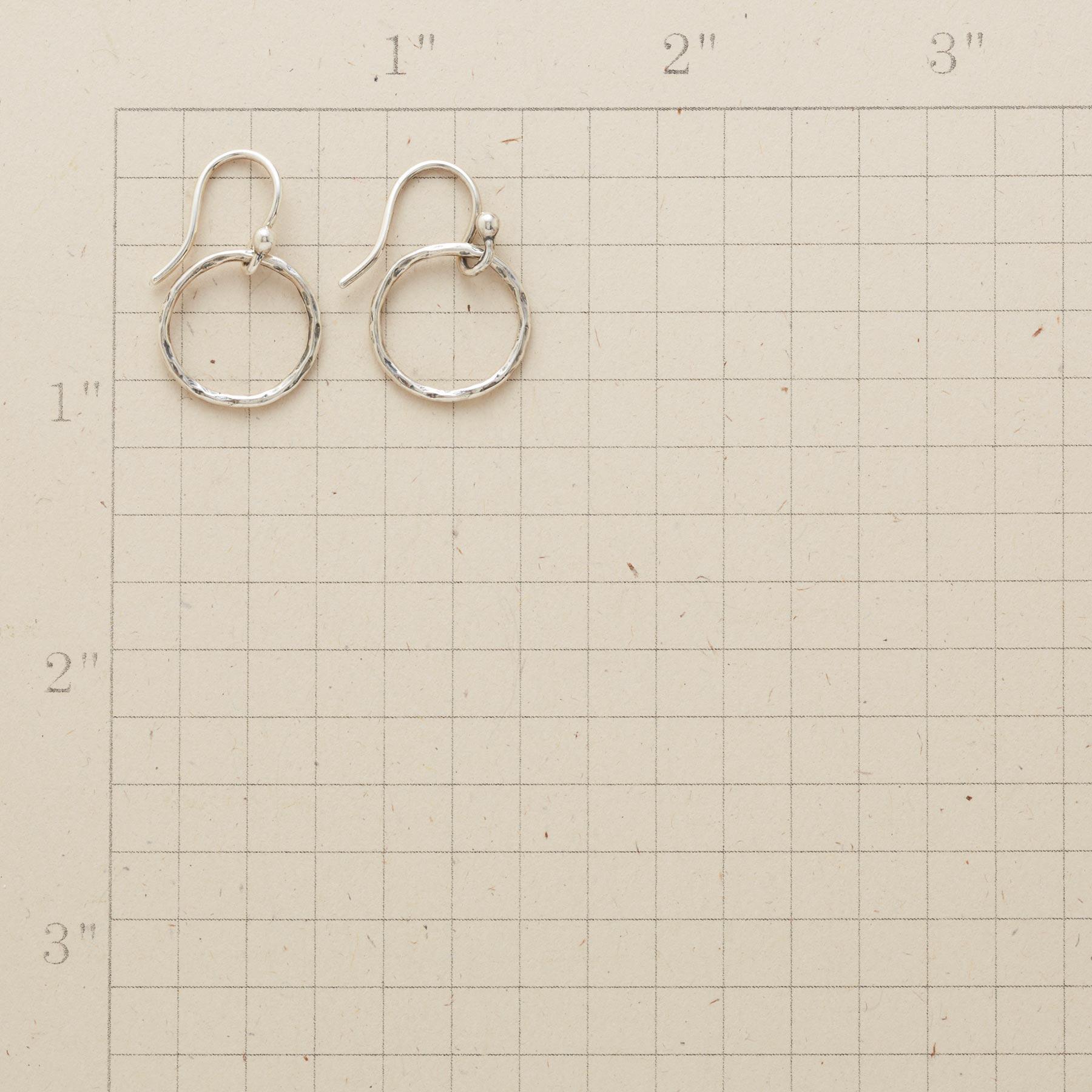 OCULUS EARRINGS : View 2