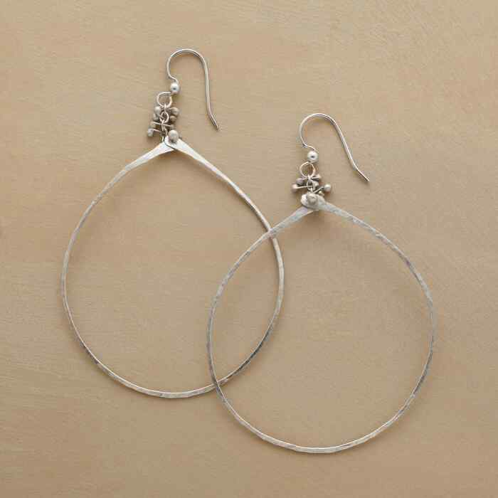 CAVIAR DREAMS HOOP EARRINGS