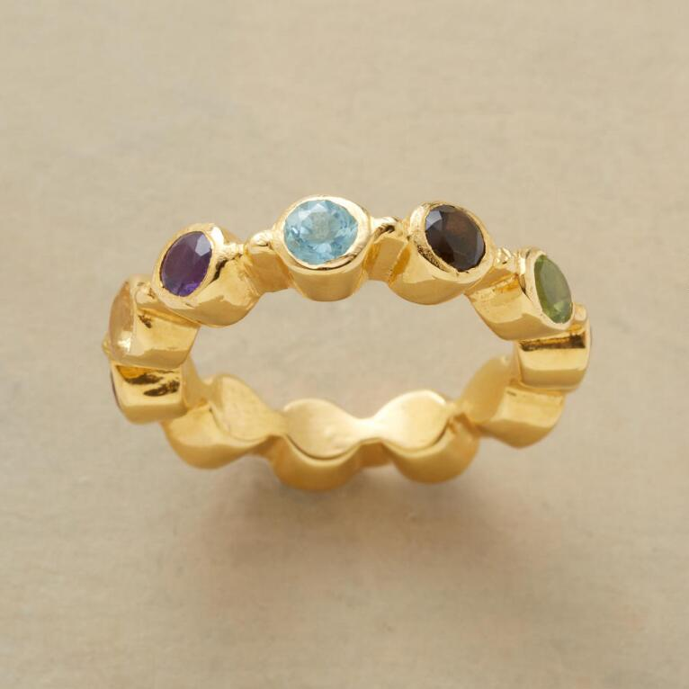 GEMSTONE CREST RING