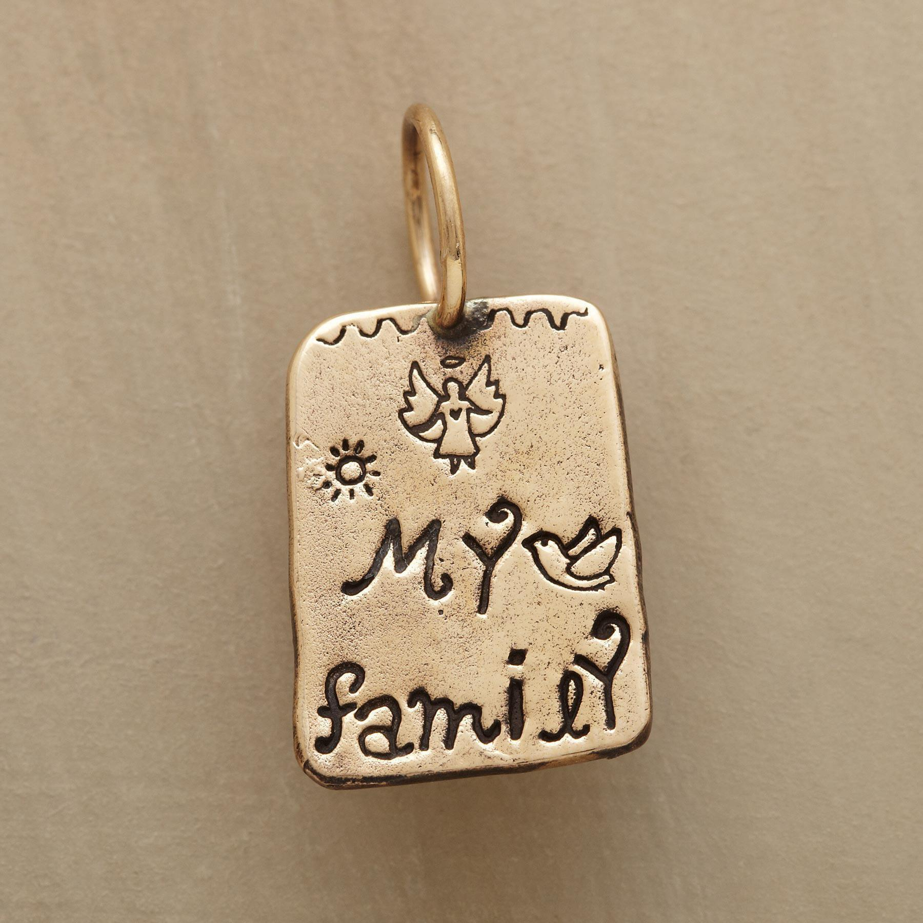 GOLD MY FAMILY CHARM: View 1