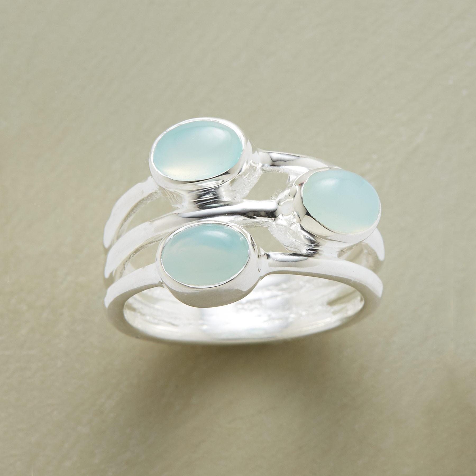 AZURA RING: View 1