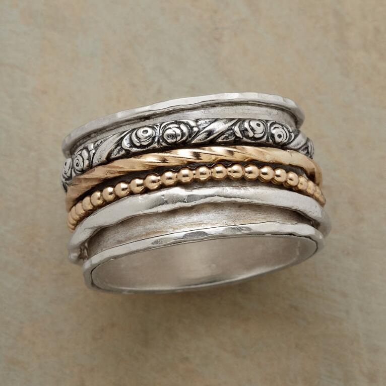 ANTHOLOGY RING