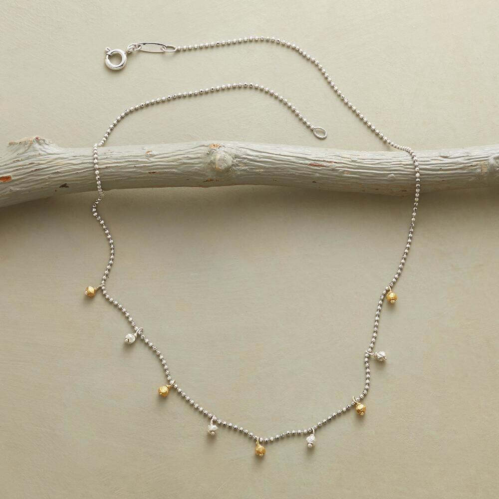 MINIMALIST NECKLACE: View 2