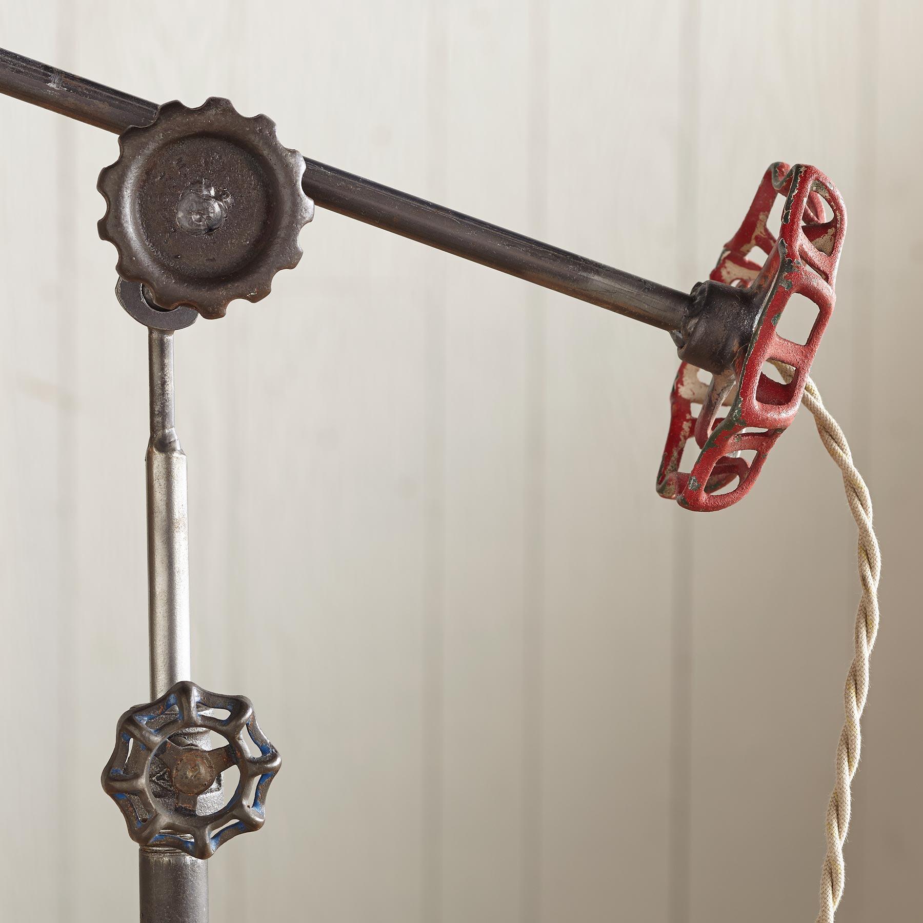 ROCKLAND HARBOR LAMP: View 3