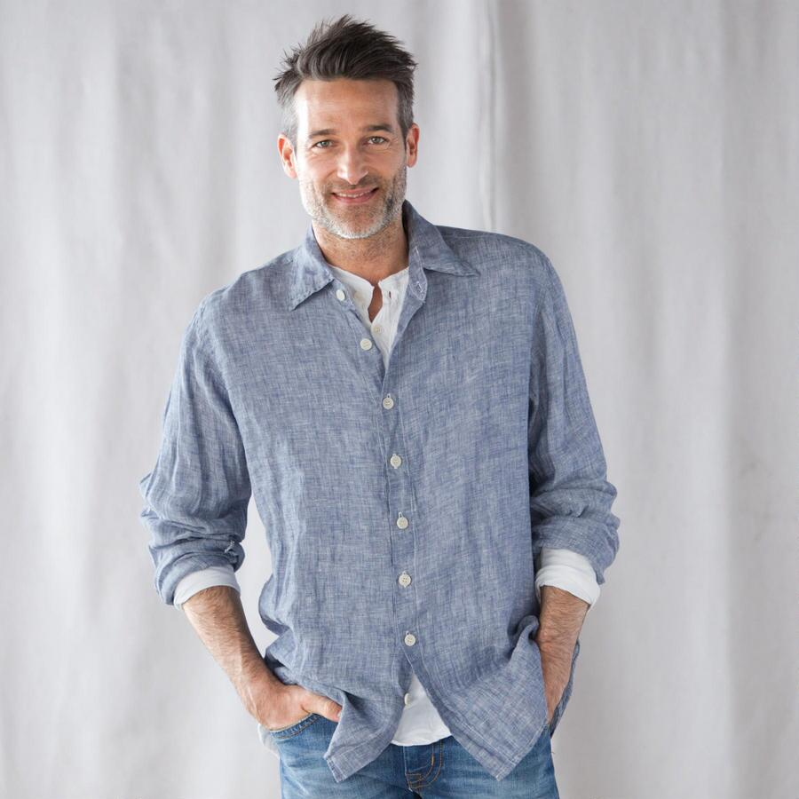 THE GO TO LINEN SHIRT