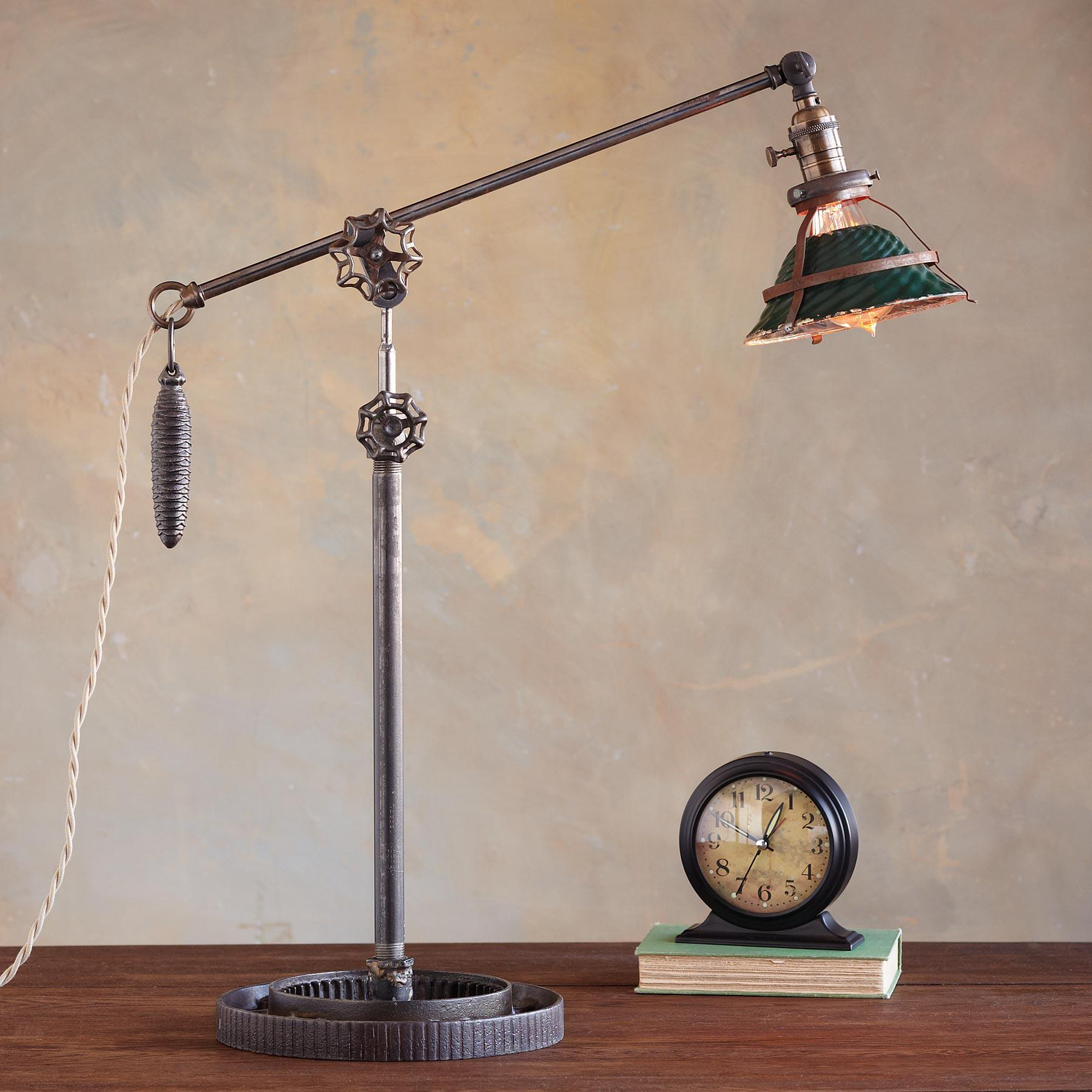 NARRAGANSETT LAMP: View 1