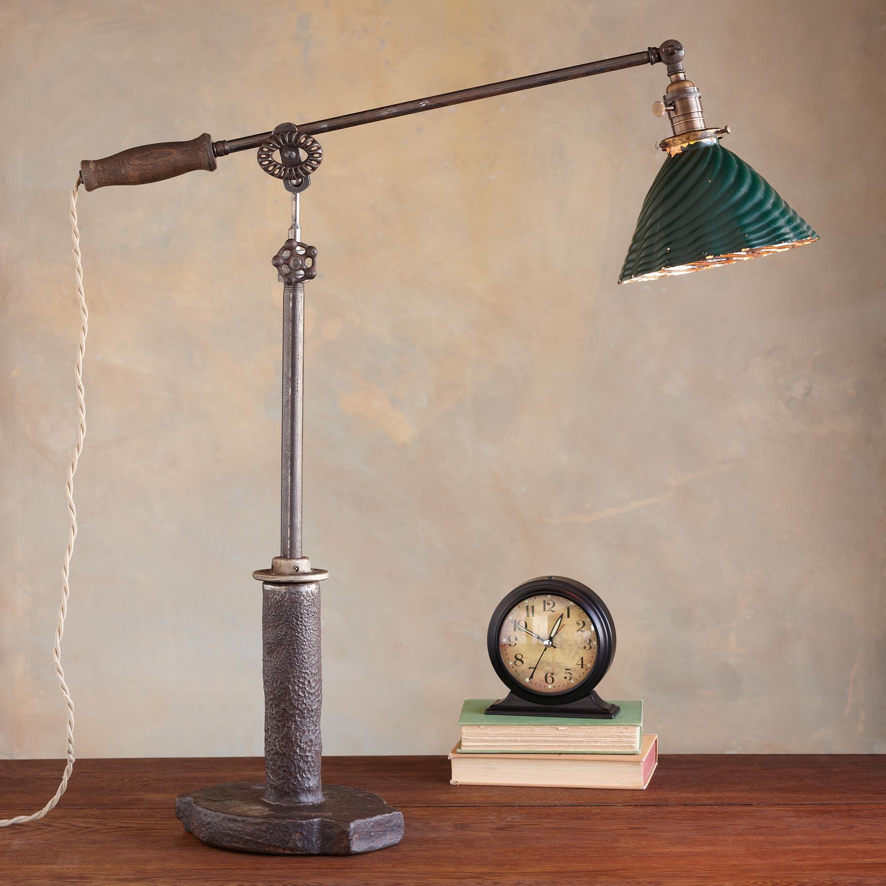 CHESAPEAKE LAMP: View 1