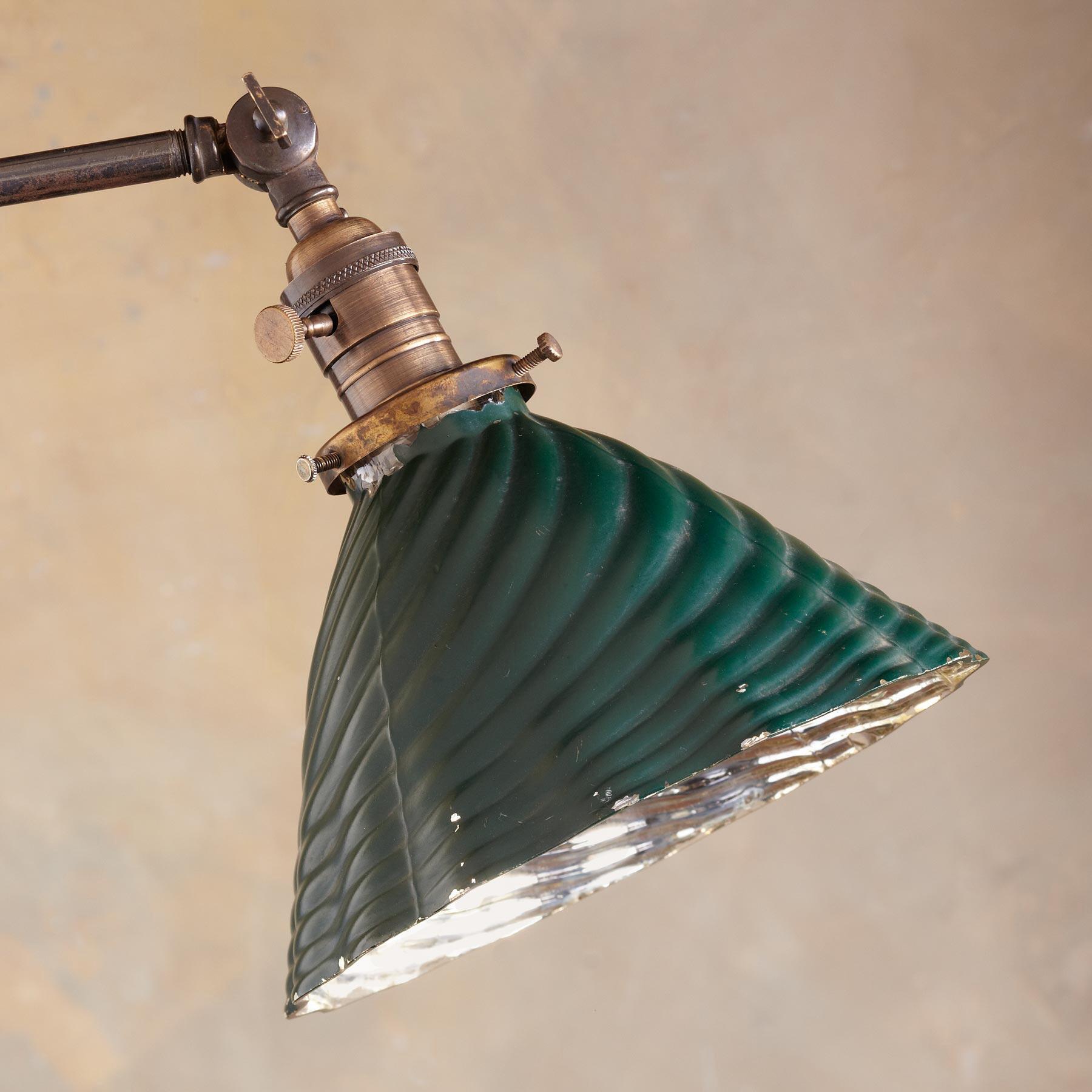 CHESAPEAKE LAMP: View 2