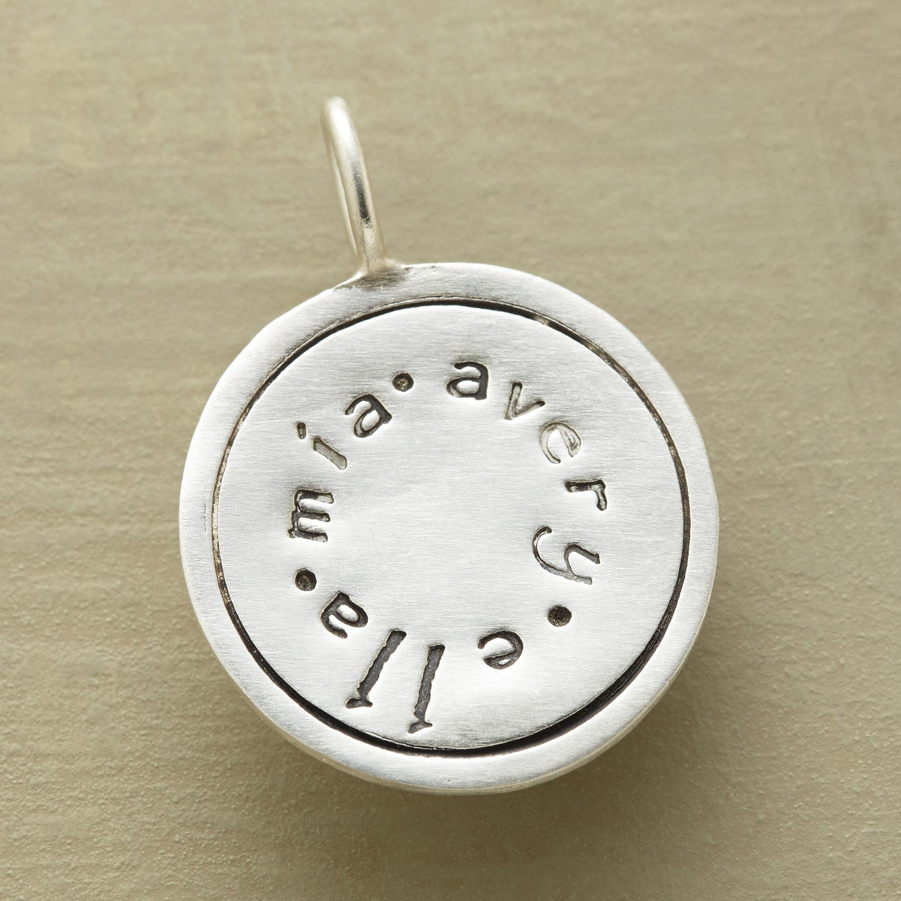 PERSONALIZED CIRCLE CHARM: View 1