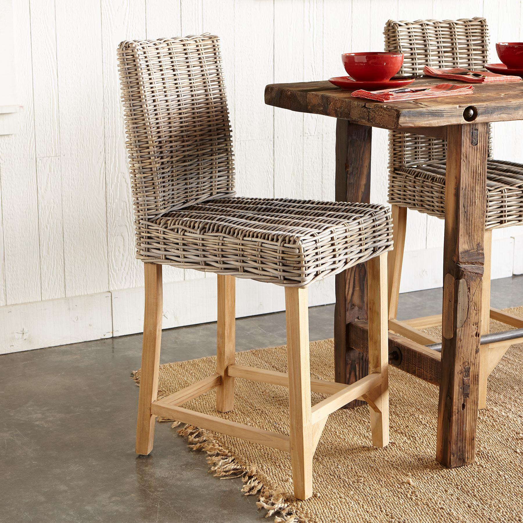 LOMBOK RATTAN COUNTER STOOL: View 1
