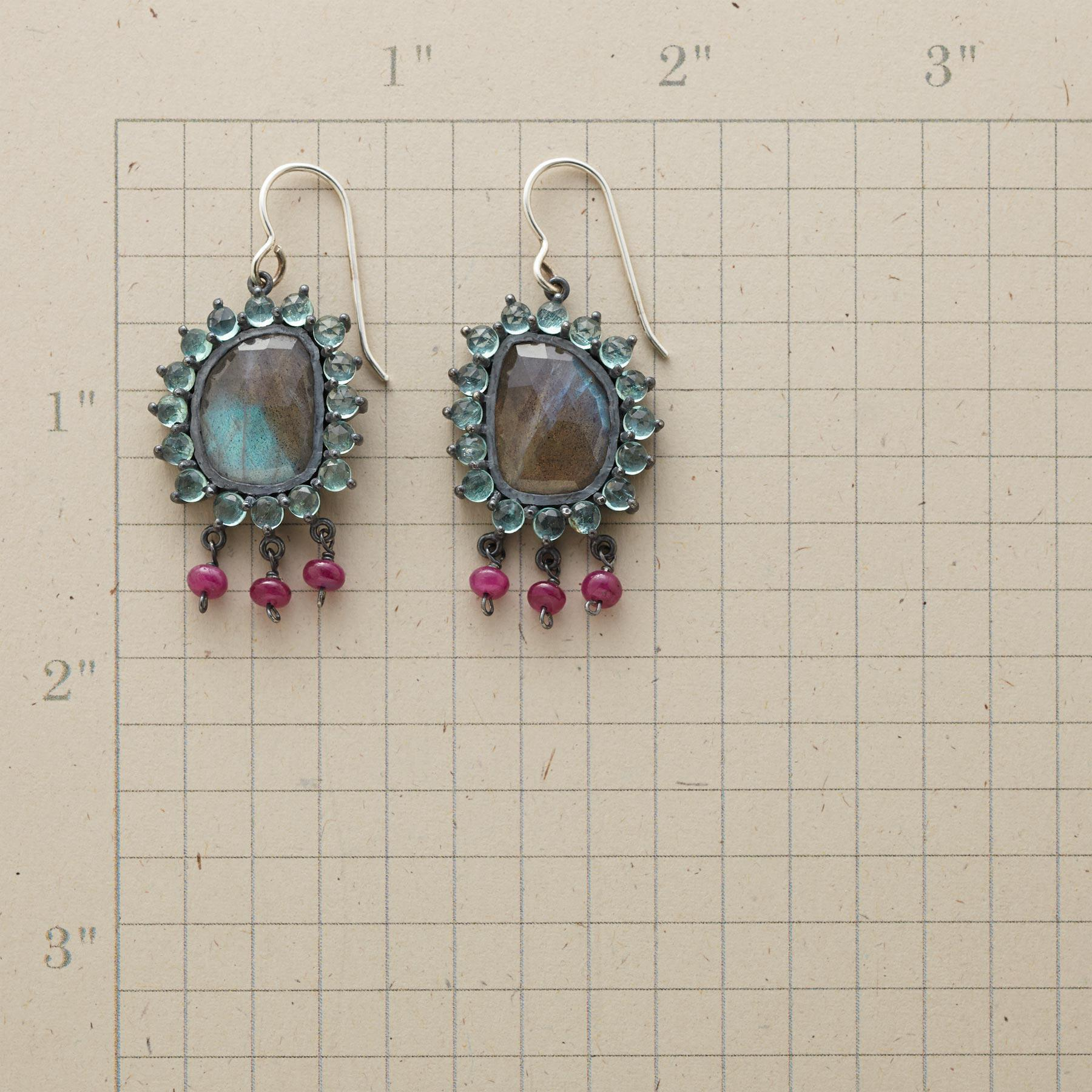 SUPERNOVA EARRINGS: View 2