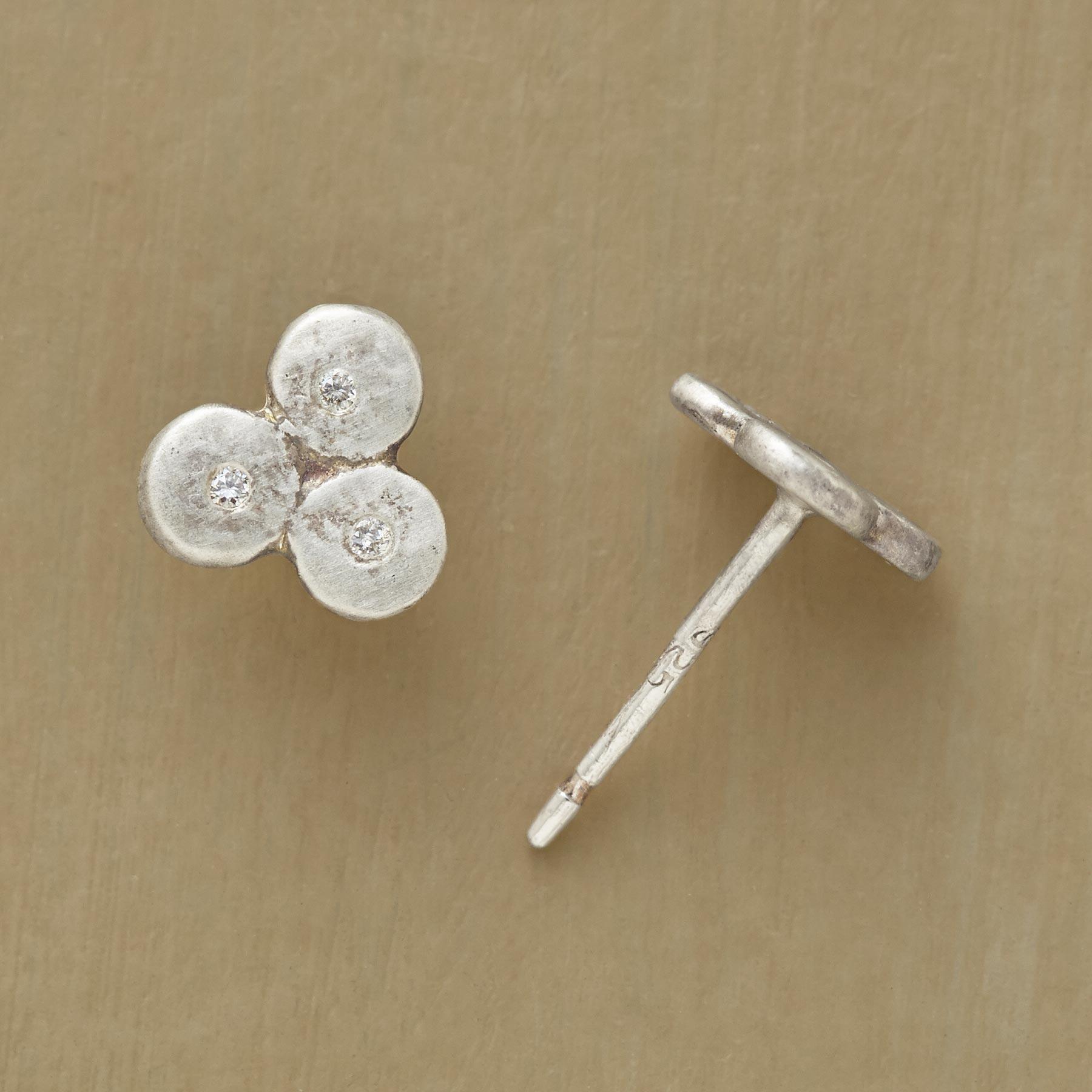 DIAMOND CLOVERLEAF EARRINGS: View 1