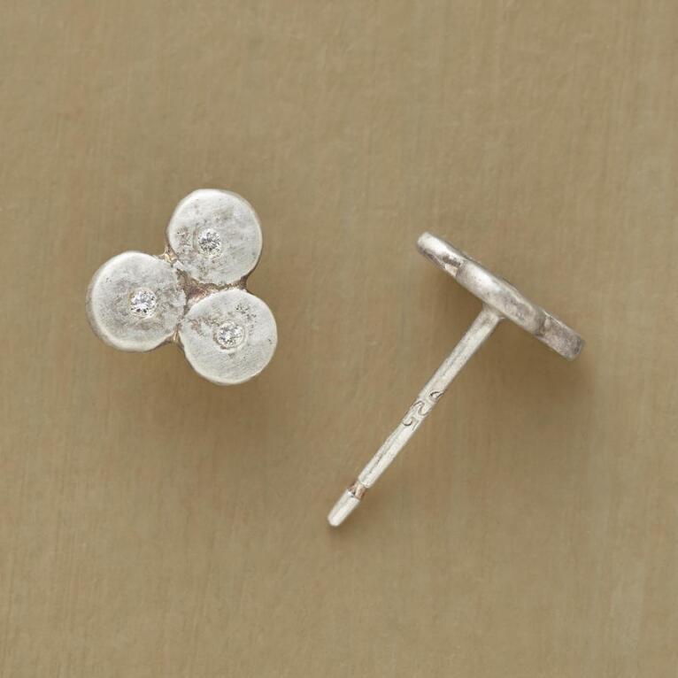 DIAMOND CLOVERLEAF EARRINGS