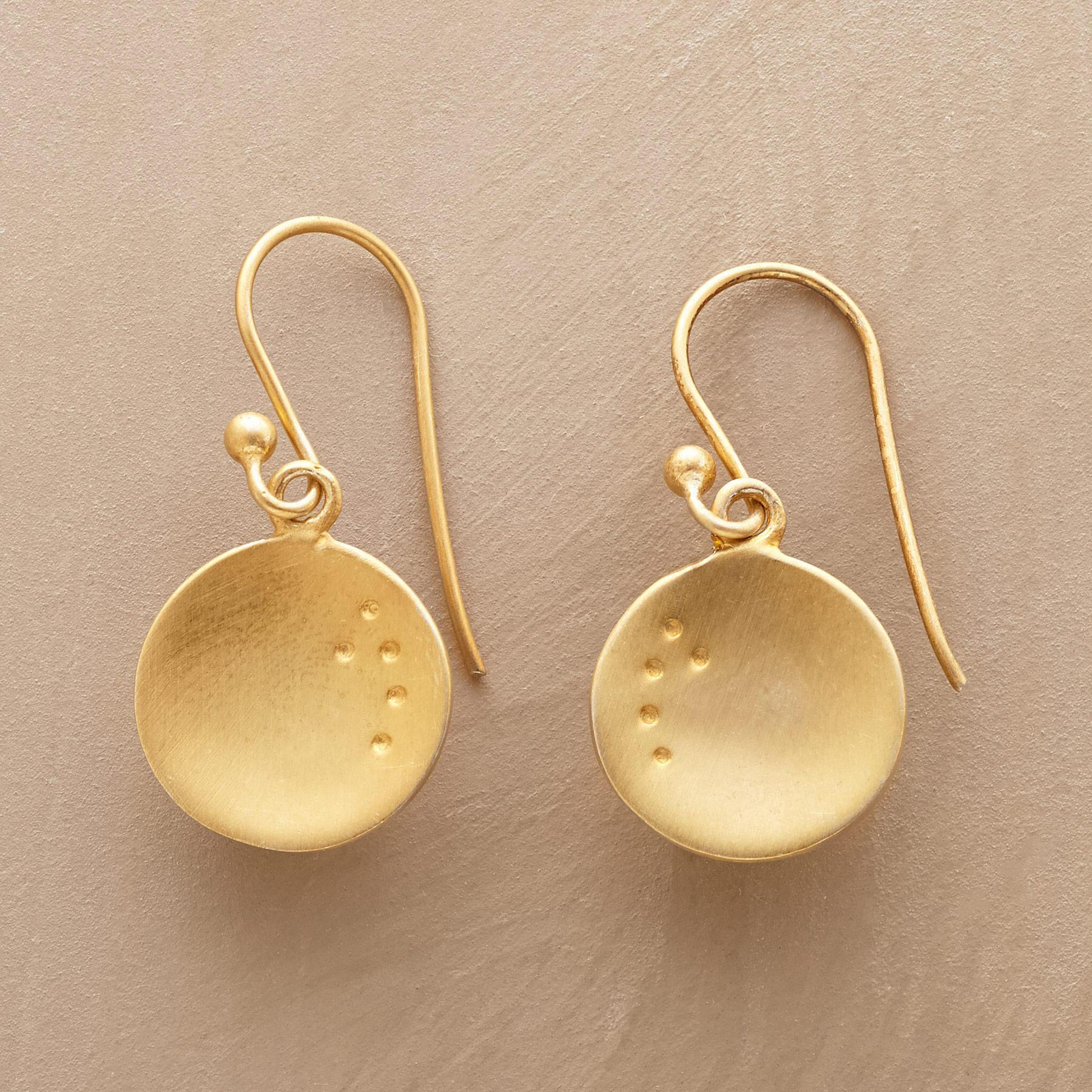 DOTTED DISC EARRINGS: View 1