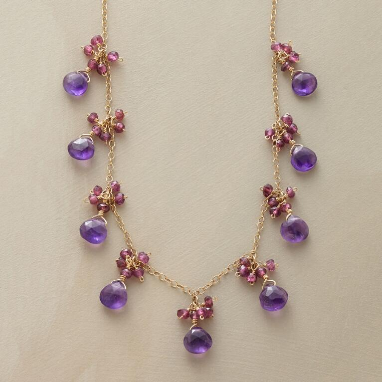 FASCINATION NECKLACE