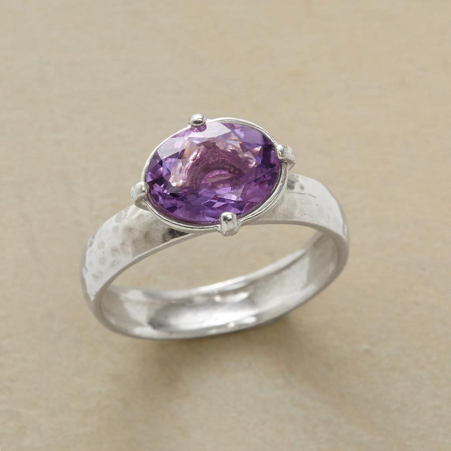 ENLIGHTENED AMETHYST RING