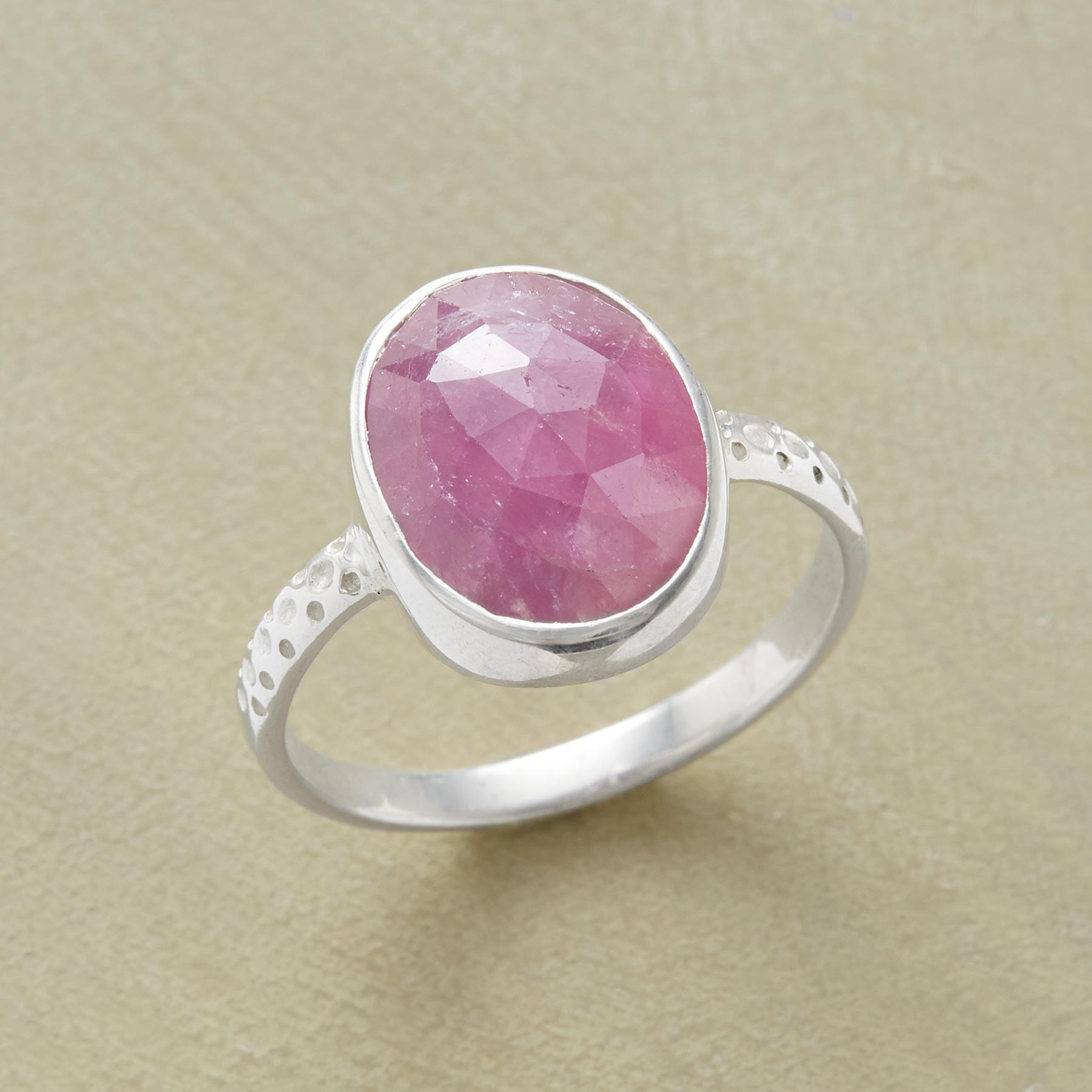 PINK SAPPHIRE RING: View 1