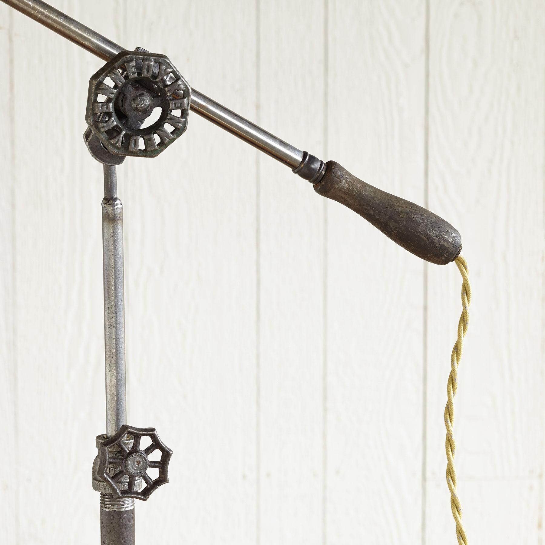 HOMESTEAD STEEL LAMP: View 3