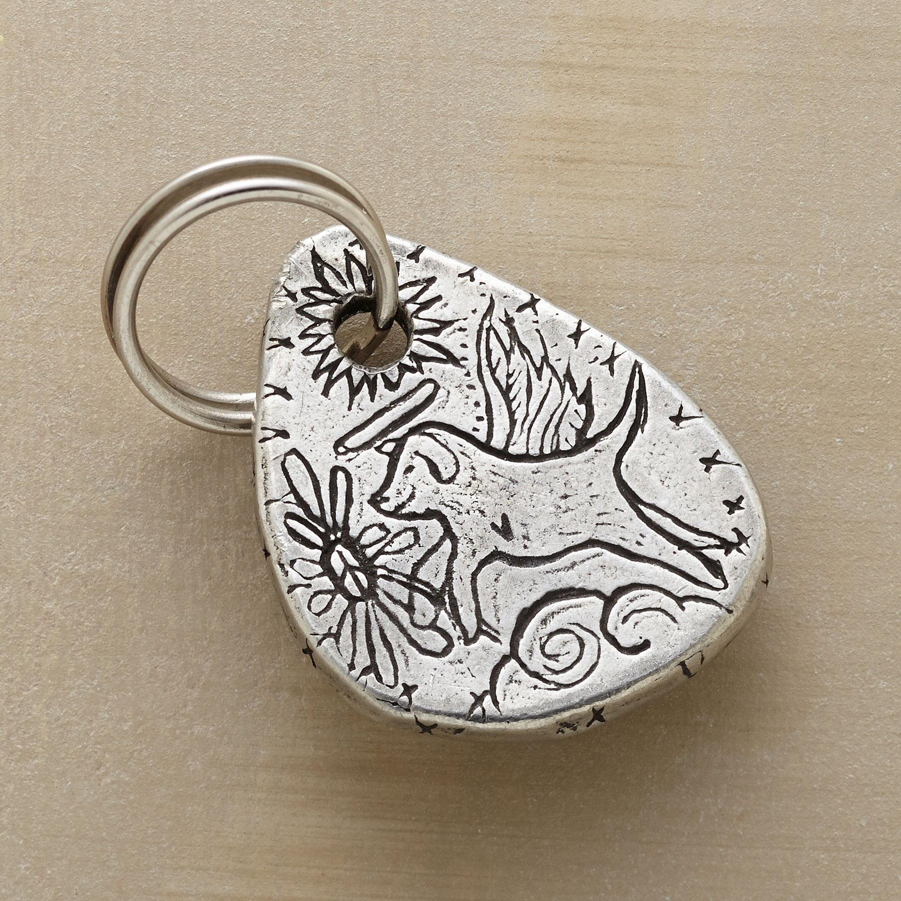 PERSONALIZED PET CHARM: View 1