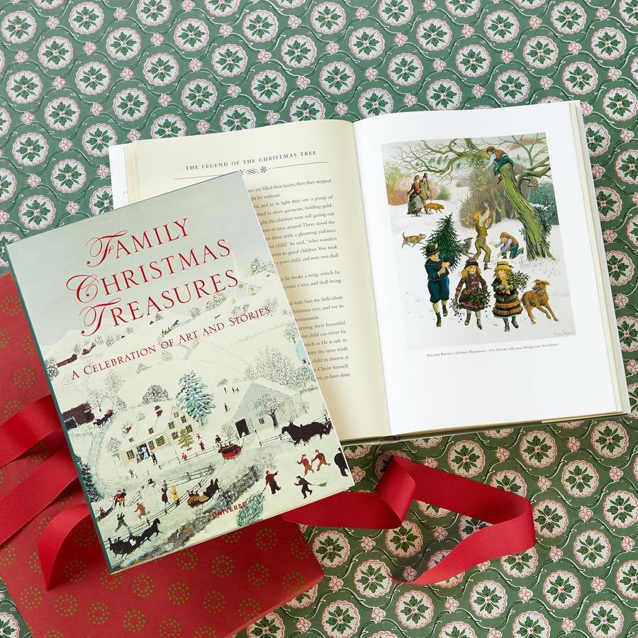 FAMILY CHRISTMAS TREASURES BOOK