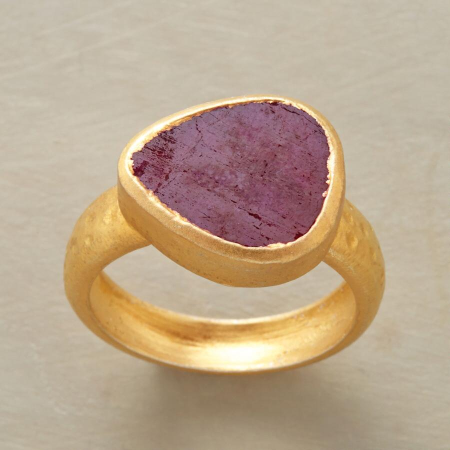 ROYAL CRIMSON RING