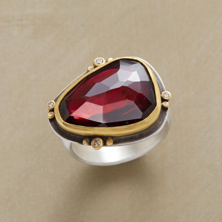 GARNET ILLUMINATIONS RING