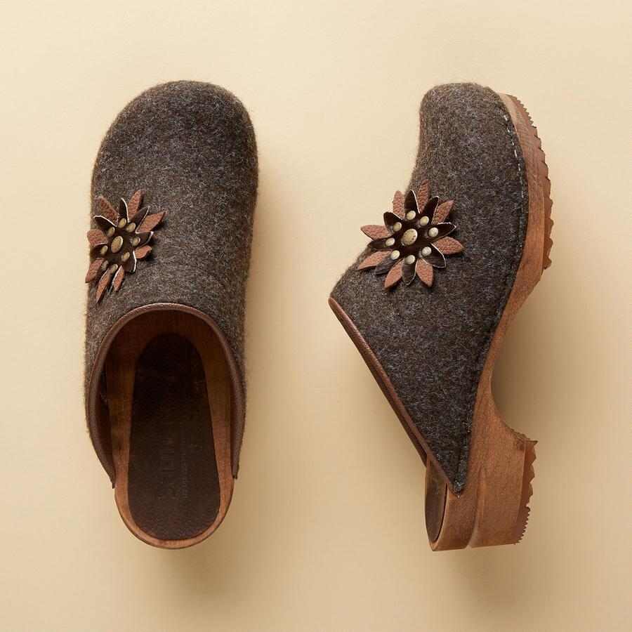EDELWEISS WOOD CLOGS