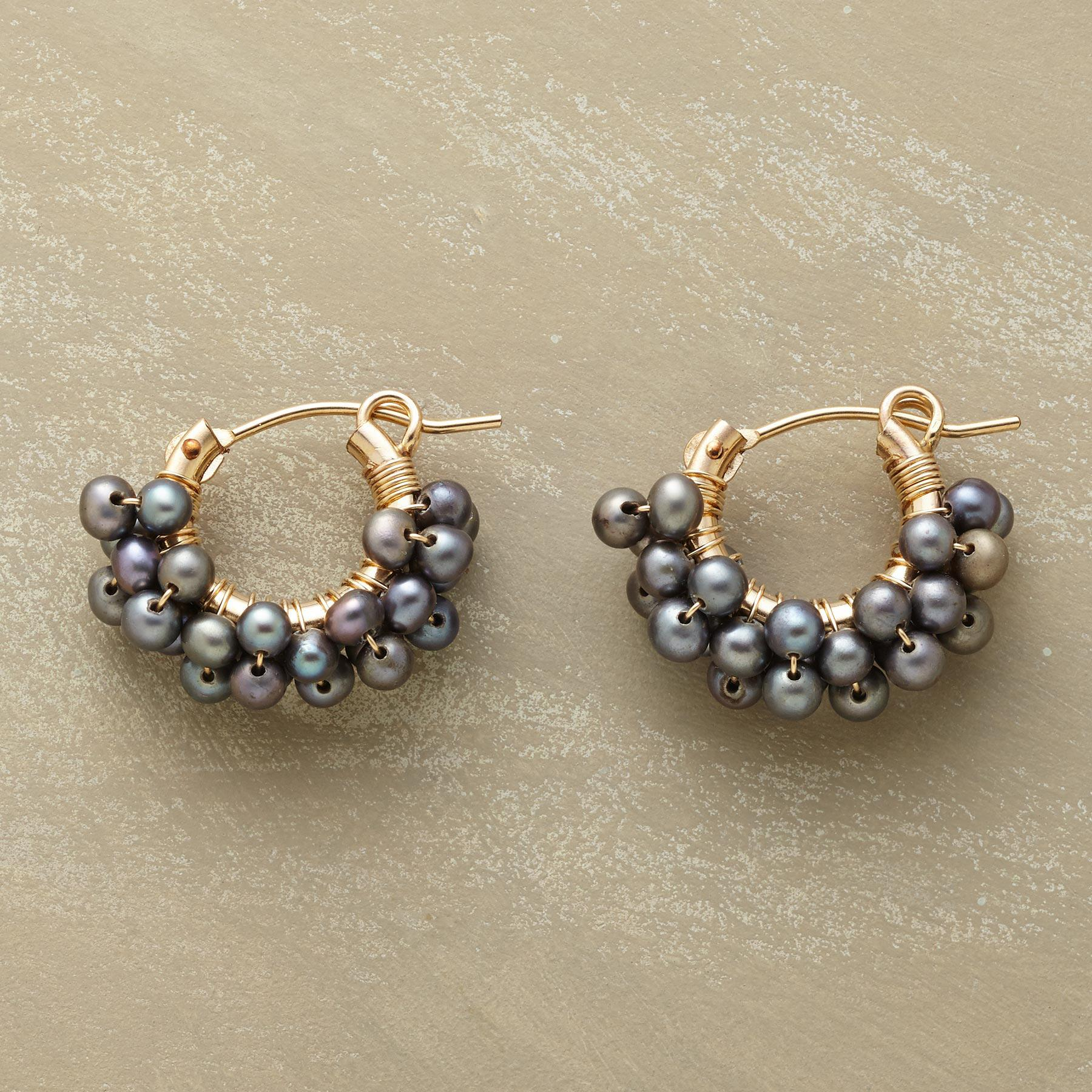 PEARL PIGGYBACK HOOPS: View 1
